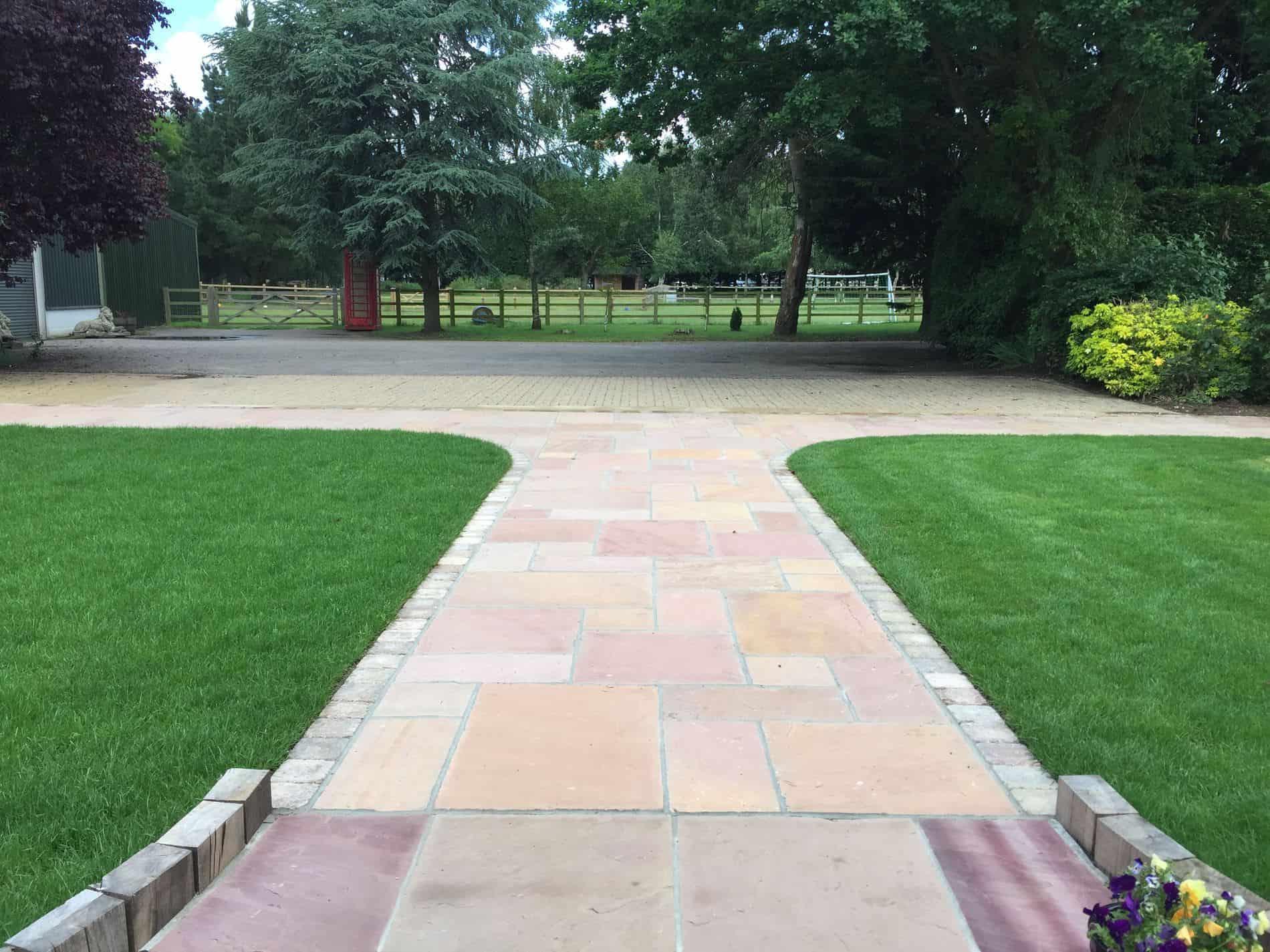 Modak Indian Sandstone Paving Snetterton Garden