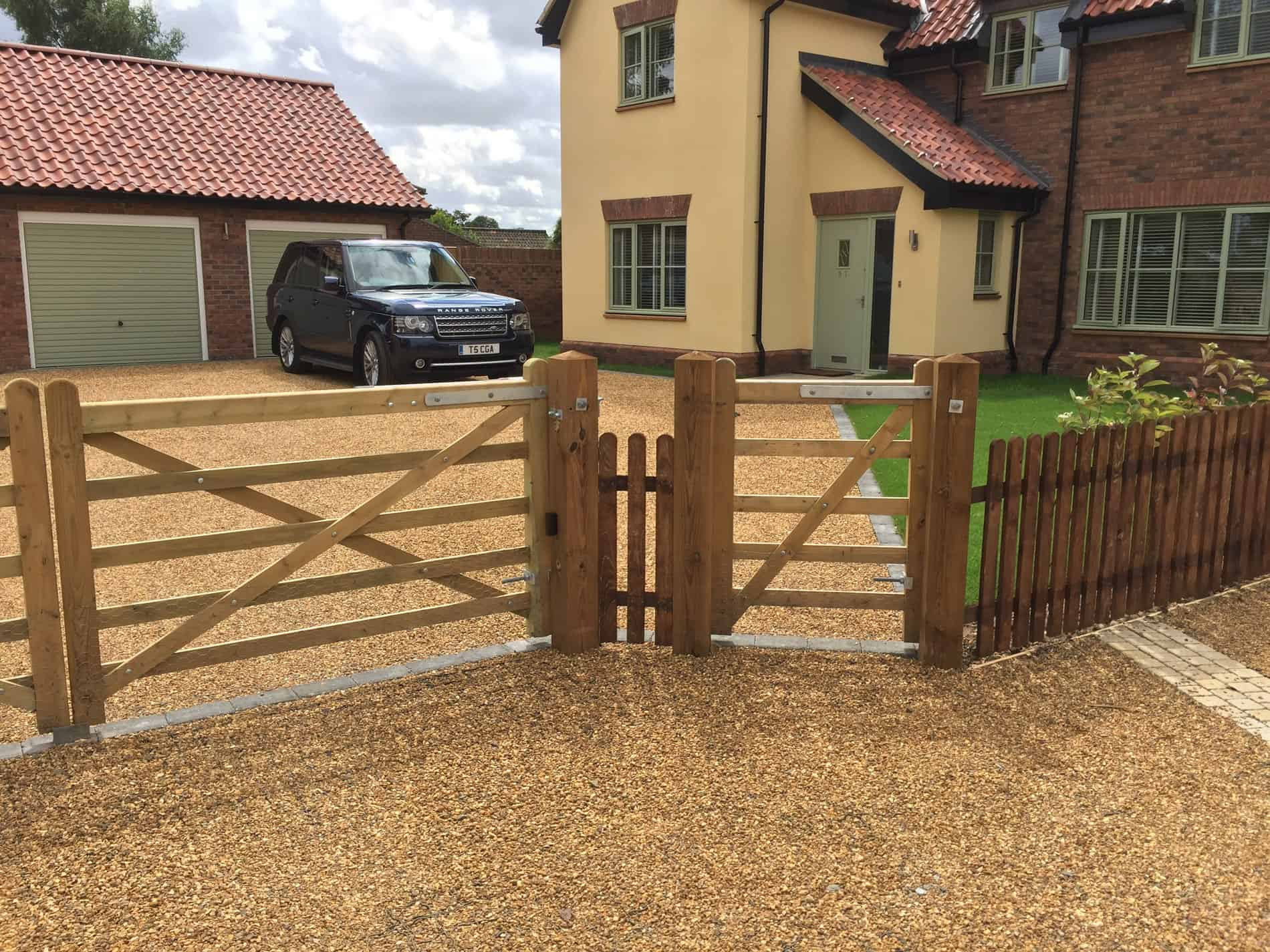 Entrance Gate And Picket Fencing Brooke Garden